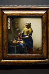The Milkmaid (metalblizzard) Tags: rijksmuseum rijks art artwork amsterdam iam holland netherlands museum gallery exhibition must milkmaid vermeer johannes oil canavas dutch 17th