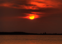 Sunrise, Athol Island, Bahamas (shanepinder) Tags: dawn morning early ocean sea water horizon horizontal island clouds sky sun sunrise atholisland nassau bahamas peaceful serene peace still calm