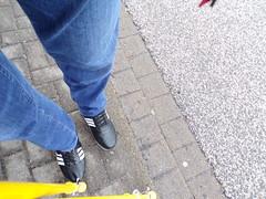 orthopedic shoes - orthopädische Schuhe (herby_02) Tags: orthopädischemasschuhe orthopädisch orthopedic schuhe shoes gehbehinderung gehbehindert disability disabled klumpfus klumpfüse krücken krücke clubfoot clubfeet crutch crutches masschuh sportschuh sportschuhe sportsshoe sportsshoes shoe gehhilfe gehhilfen