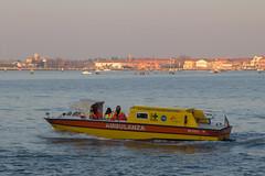 Venecia 2017 (vide23) Tags: venecia venezia venessia ambulanza