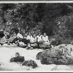 Archiv FaMUC130 Münchner Familie, Wanderungen, 1920er thumbnail