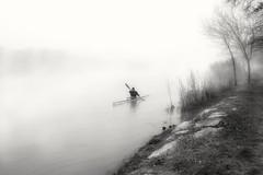 Canoe in the river. (Fencejo) Tags: canon600dt3ikissx5 tamronspaf1750mmf28xrdiiild blackwhitebwstreetcityblackandwitestreetphotographymonochrome ebro fog zaragoza river