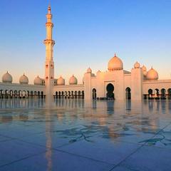 Le rêve du Sheikh Zayed , la grande Mosquée 4 photos , debut d'une série sur les emirats (buch.daniele) Tags: emirats arabesunis danielebuch grandemosquée abu dhabi