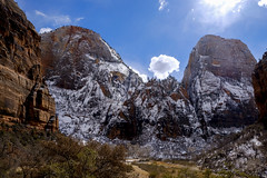 _XT22190_1  Cable Mountain and GWT (dahlstet) Tags: zionnp