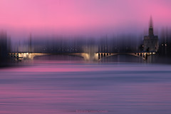 Sunset purple on the river - Atardecer purpura sobre el rio (ricardocarmonafdez) Tags: sevilla guadalquivir andalucía rio river atardecer purple sunset riverscape cityscape torre tower puente bridge agua water ricardojcf ricardocarmonafdez 60d 1785isusm canon