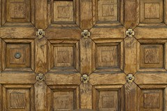 gate 3 (Ihor Hlukhoi - intui.pro) Tags: texture ukraine lviv temples shadow ancient indoor d7100 photo photographer pattern intuipro geometric symmetry woodwork carving woodcarving art wood wall architecture