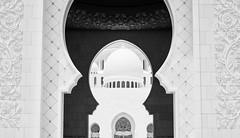 breathtaking (-Kathrin-) Tags: moschee mosque abu dhabi arabian sheik zayed bw schwarz weis