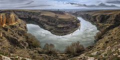 Retorciendo el rumbo. (jetepe72) Tags: hoces duraton segovia rio paisaje landscape olympus m1 reflejos naturaleza