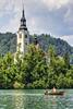 SLOVENIA. LAGO DI BLED (FRANCO600D) Tags: blejskiotok lagodibled isola isoladibled campanile santuario barca turisti alpigiulie lago isoletta slovenia bled canon eos600d sigma franco600d lake lakeofbled anto