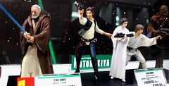 2017-Star Wars Statues by Artfx at SDCC-01 (David Cummings62) Tags: sandiego ca calif california comiccon con david dave cummings 2017 statue starwars movie movies artfx oldben leia hansolo lukeskywalker