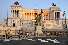 Piazza Venezia in Rome (berlinka_lg) Tags: rom rome roma italien italy italia piazza