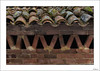 Vivienda www (V- strom) Tags: edificio dwelling barro clay ladrillo teja tejado brick rooftile roof piedra stone musgo rojo verde red green moss arquitectura arquitecture texturas textures nikon nikon2470 nikon105mm nikond700 tiempo time viaje travel detalles details vstrom concepto concept luz light