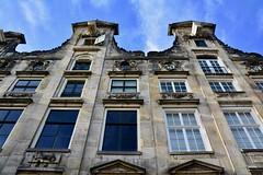 Amsterdam 2018 – Gables of the Cromhout House (Michiel2005) Tags: cromhouthuis bijbelsmuseum museum gevel grachtenpand herengracht cromhout amsterdam nederland netherlands holland