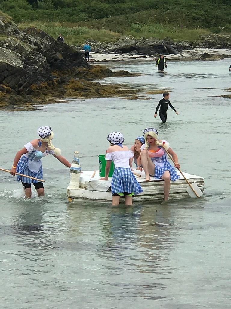 Raft Race 2017 Milk Maids Wee Isle Dairy