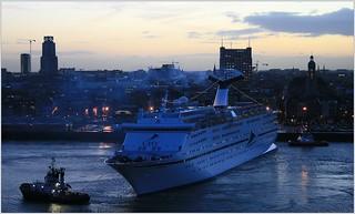 Cruise Ship MS Magellan ...  Cruise & Maritime Voyages.    Turning.