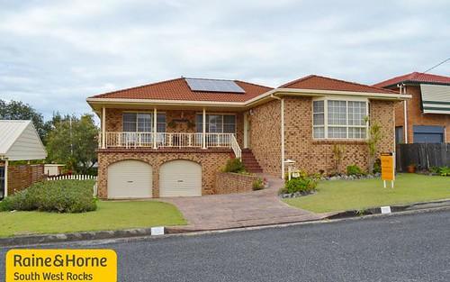 13 Emanuel Crescent, South West Rocks NSW