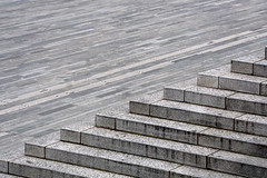 lines and steps (Rosmarie Voegtli) Tags: sechseläutenplatz zürich zurich architecture place area flat diagonal stairs