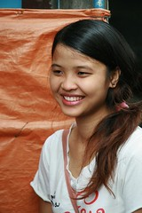 pretty young lady (the foreign photographer - ฝรั่งถ่) Tags: pretty young lady khlong thanon bangkhen bangkok thailand canon