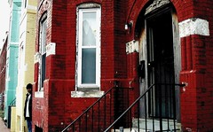 Peekaboo. LeDroit Park neighborhood, Washington DC. 2007-ish. (brunofish) Tags: c copyrighted material brian fish aka brunosih cbrunofish