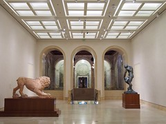 (procrast8) Tags: kansas city mo missouri nelson atkins museum art seated woman henry spencer moore lion sculpture