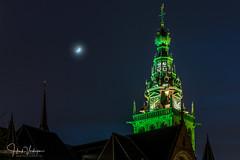St Stevenstoren Nijmegen, Netherlands (Henk Verheyen) Tags: nijmegen buiten outdoor gelderland nederland nl nacht night avond avondennachtfotografie groen verlicht maan moon