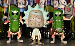 rick army (notatoy) Tags: funko pop rick morty pickle vynl toy figures
