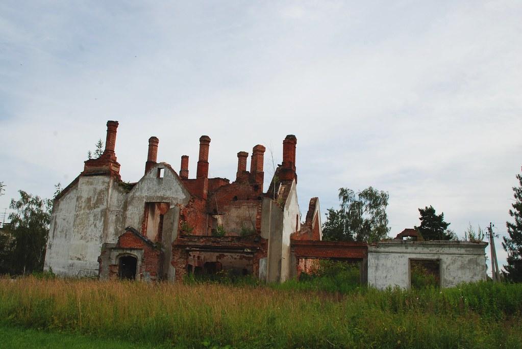 фото: Руины усадьбы Крёкшино