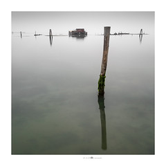 bassa marea (paolo paccagnella) Tags: photo canonequipment eos5dm3 green territorio veneto ambiente ass activity acqua aquae sky seascape sea square phpph© paccagnellapaolo 2018 landscape laguna adriatic adriatico foto flickr google hj italy oldhouse architettura minimalism minimal fineartprint color