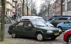 Citroën BX 16 TGI 1992 (XBXG) Tags: dxvb50 citroën bx 16 tgi 1992 citroënbx progress green vert westerstraat jordaan amsterdam nederland holland netherlands paysbas vintage old classic french car auto automobile voiture ancienne française vehicle outdoor