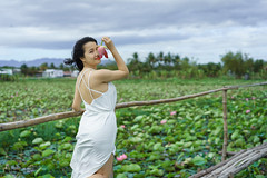 Anna (Hai PT) Tags: vietnam ninhthuan beautiful beauty girl young lotus village sonyalpha fe55