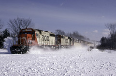Blasting Through the Snow (ac1756) Tags: soo sooline garnet michigan train911 911 emd sd402 6609