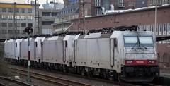 024_2018_01_06_03_Essen_Hbf_6186_907_D_XRAIL_&_2186_910_I_XRAIL_&_2186_908_I_XRAIL_&_6186_906_D_XRAIL (ruhrpott.sprinter) Tags: ruhrpott sprinter deutschland germany allmangne nrw ruhrgebiet gelsenkirchen lokomotive locomotives eisenbahn railroad rail zug train reisezug passenger güter cargo freight fret essen hbf dortmund parisnord wuhan china db vrr sbahnrheinruhr s2 sncf thalys xri xrail 0422 6186 2186 186 outdoor logo natur
