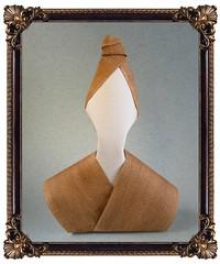 Femme d'autrefois - Viviane Berty (Rui.Roda) Tags: origami papiroflexia papierfalten woman mujer mulher femme dautrefois viviane berty