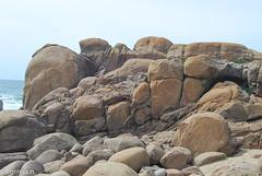Diáclases (Lavadores - Portugal)_.jpg (correia.nuno1) Tags: disjunçãoesferóidal lavadores geodinâmicaexterna meteorizaçãomecânica geologia geoformasgraníticas gaia portugal granitegeoforms