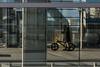 Ostkreuz wenn Leute einfach tun was Sie wollen (woischnigthomas) Tags: architektur gebäude person mann fenster glas zweirad spiegelung bahnhof ostkreuz windig kalt sonnenschein wolken warten telefonieren handy