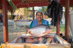 Empresas que cambian vidas : Yapacani (Oxfam en Bolivia) Tags: ecv piscicultura yapacani mujer mujeres seguridad alimentaria medioambiente naturaleza comida agricultura campo grena retrato cara