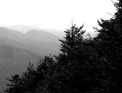 Beyond Cannon Mountain (RockN) Tags: bw whitemountains august 2009 cannonmountain franconianotch franconia newhampshire newengland