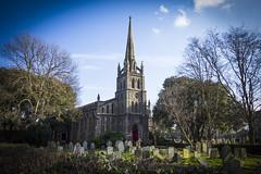 St Peter & St Paul, Chingford (London Less Travelled) Tags: uk unitedkingdom britain england london eastlondon chingford church churchyard grave cemetery christian stpeter stpaul city urban suburb suburban