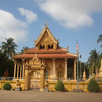 Wat Piphetthearam Pagoda, Battambang thumbnail