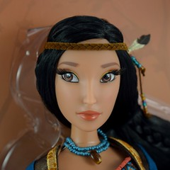 Pocahontas Limited Edition 16 inch Doll - Disney Store Purchase - Box Covers Off - Closeup Front View #2 (drj1828) Tags: pocahontas disneystore us limitededition 16inch doll le4500 posable instore purchase 2018 collectible animated boxed