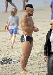 DSCN2903 (danimaniacs) Tags: santamonica beach hot sexy man guy tattoo beard scruff shorts swimsuit trunks hunk speedo muscle muscular