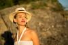 Jasmin (ecker) Tags: abendlicht abendsonne abendstimmung dürnstein frau hut niederösterreich portrait porträt sonnenlicht sonnenuntergang strohhut umgebungslicht availablelight evening hat naturallight people portraiture sunlight sunset woman sony a7 zeiss batis 85mm zeissbatis1885 sonnar ilce7 ƒ18 18