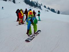 Farbe muss sein (marion streich) Tags: snowboarder ski nasserein gampen