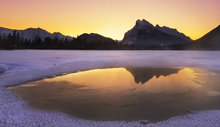 Sunrise at Vermillion Lake (Banff NP, Alberta, Canada)