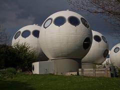 Den Bosch - Bollenveld (Grotevriendelijkereus) Tags: den bosch hertogenbosch netherlands nederland holland architecture architectuur bolwoning woning house home ball dries kreijkamp noord brabant modern