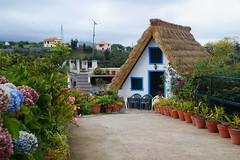 A Santana house (Steenjep) Tags: madeira portugal ferie holiday urlaub santana house home street road flower building