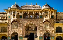 Jaipur - Amer Fort - Ganesh Gate (Robert GLOD (Bob)) Tags: architecture building castle construction door fort fortification fortress gate palace stronghold unesco rajasthan ind inde jaipur handicraft india in