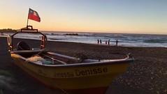 Matanzas Sunset Cinemagraph (sakarina_r) Tags: wind viento pacific pacífico sea mar flag bandera bote sunset atardecer navidad matanzas chile