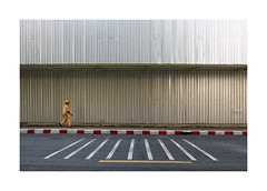 Worker (patrice bourdin) Tags: worker construction signs roadsign road street streetphotography geometry perspective simple