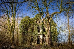 Lost Places (JuttaV.) Tags: lostplaces verlasseneorte natur nature objekte outdoor nrw villa zerfall grusel haus